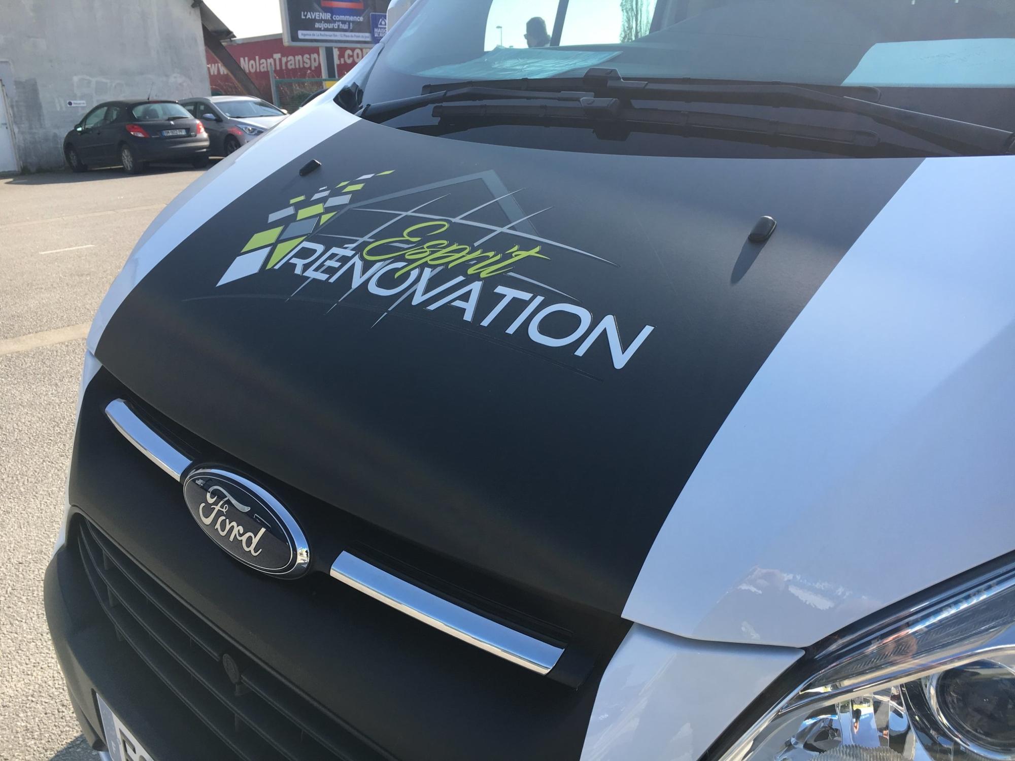 Personnalisation véhicule / Signalétique et publicité adhésive en Vendée
