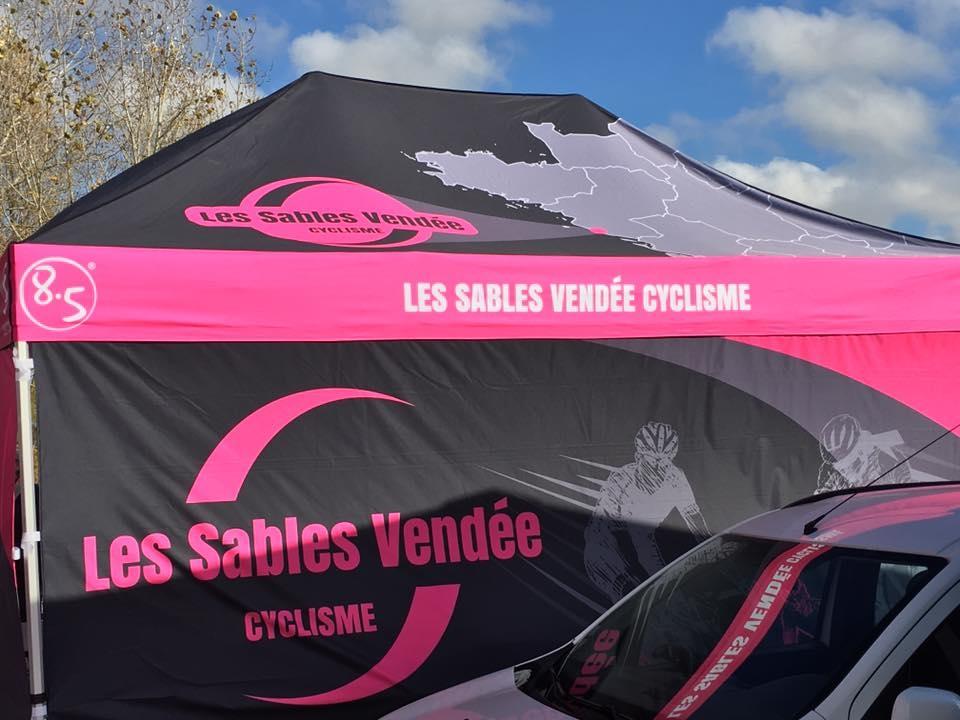 Tente et PLV Vendée